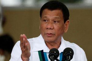 TT Duterte: 'Trung Quốc, ta là bạn, sao lại lấy cả đại dương như vậy'