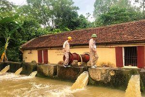 Hạn hán, mưa dông gây thiệt hại tại các địa phương