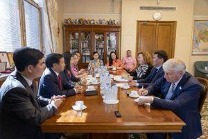 Thúc đẩy hợp tác giữa các cơ quan lập pháp Việt Nam - LB Nga