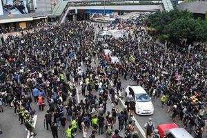 Người biểu tình Hồng Kông tiếp tục xuống đường