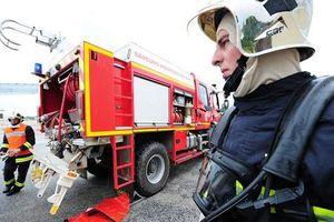 Cháy chung cư ở Pháp, hàng chục người thương vong