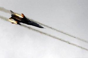 Không lực Syria phá hủy căn cứ của phiến quân ở Aleppo