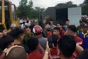 Khởi tố hai nhân viên Địa ốc Alibaba có hành vi đập xe đoàn cưỡng chế dự án 'ma'