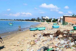 Đến năm 2050 rác thải nhựa ở biển sẽ nhiều hơn cá