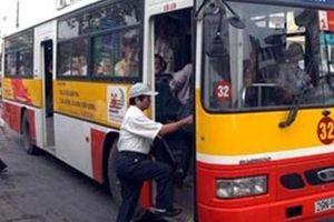 Nhiều năm tới, xe buýt sẽ vẫn là phương tiện công cộng chủ đạo của Hà Nội