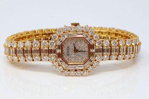 Đại gia chi hơn 7 tỷ đồng để mua đồng hồ của hoàng gia Việt thời xưa