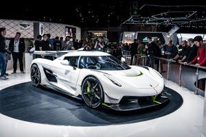 Bán suất mua siêu xe, lãi ngay 1,6 triệu USD