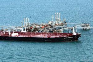 Giá dầu nhảy vọt gần 10% do căng thẳng chính trị leo thang tại vùng Vịnh