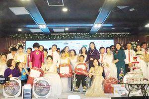 Đám cưới tập thể cho 65 cặp đôi khuyết tật
