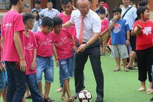Giữ HLV Park để vươn tốp châu Á