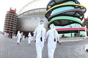 PLATINI, BLATTER VÀ NGHI VẤN PHIẾU BẦU WORLD CUP 2022: Qatar có mất quyền đăng cai?