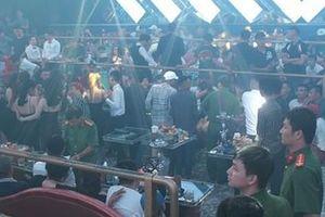 Ập vào quán bar Làn Sóng Trẻ, công an phát hiện số người phê ma túy 'khủng'