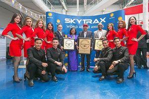 Hé lộ bí mật khó tưởng AirAsia - hãng hàng không siêu rẻ trên thế giới