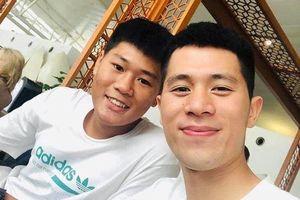 Trung vệ Đình Trọng sang Singapore phẫu thuật chấn thương
