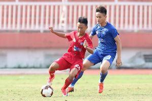 Bùi Văn Nội gây bão trên sân Thống Nhất, TP.HCM sở hữu chuỗi 3 trận toàn bại