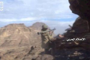 Houthi lại phá hủy 4 xe cơ giới bọc thép của Liên minh ở Ả rập Xê út