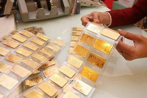 Giá vàng: Dự trữ vàng tăng kỷ lục trong cơn 'bão' giá