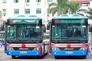 Vận tải khách công cộng 20 năm vẫn phải trông vào xe buýt