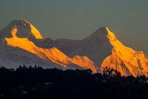 Tìm thấy thi thể các nhà leo núi dãy Himalaya
