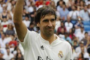 Raul tỏa sáng trong trận đấu giữa huyền thoại Real và Chelsea