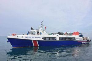Quảng Ngãi: Dùng tàu siêu tốc vận chuyển đề thi ra đảo