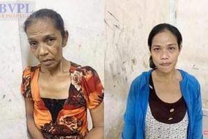 Trinh sát truy đuổi bắt giữ hai 'nữ quái' chuyên trộm cắp tài sản trên phố