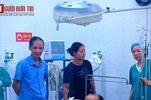 Hà Tĩnh: Con trai trúng đạn khi giằng co súng với bố trong cơn giận
