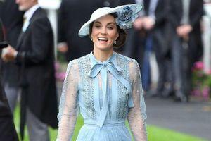 Những bí mật phong cách thời trang ít ai biết của công nương Kate Middleton