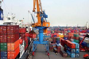 Xuất khẩu tăng tốc, cán cân thương mại nửa đầu tháng 6 đổi chiều