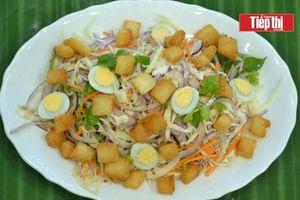 Vào bếp cùng mẹ: Bữa tối nhẹ nhàng với salad rau củ