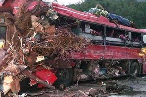 Thời điểm xảy ra tai nạn thảm khốc Hòa Bình, tài xế xe khách không có GPLX