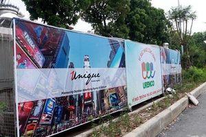 Bất ngờ xuất hiện 'nhà chờ xe rác' tại Hà Nội khiến nhiều người bất ngờ