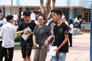 Toàn cảnh ngày thi đầu tiên kỳ thi THPT quốc gia 2019