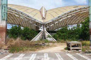 Cận cảnh công trình 90 tỷ đồng đang là nhà kho, bãi chứa phế liệu ở Đà Nẵng