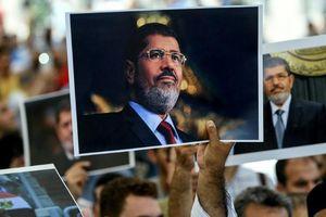 Ai Cập: Giới sinh viên 'dậy sóng' trước cái chết của cựu Tổng thống Morsi