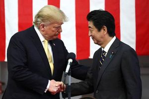 Ông Trump cân nhắc chấm dứt hiệp ước quốc phòng kí kết 60 năm với Nhật Bản