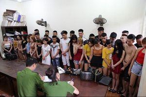 Vĩnh Phúc: 39 nam thanh nữ tú trong quán karaoke dương tính với ma túy