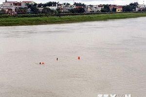 Quảng Bình: Xuống tắm sông Gianh, 3 chị em ruột chết đuối thương tâm
