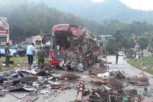 Tài xế gây tai nạn thảm khốc tại Hòa Bình không có giấy phép lái xe