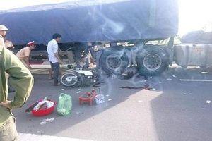 Hà Tĩnh: Va chạm xe đầu kéo tại điểm 'đen' giao thông, một cụ già tử vong
