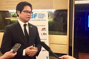 Ông Vũ Tiến Lộc: 'Nhập hàng nguyên chiếc, dán nhãn made in Vietnam để bán là lừa đảo'