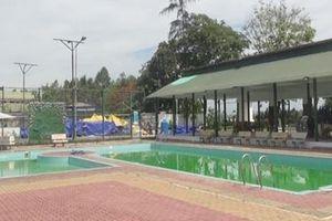 Hai học sinh chết đuối trong hồ bơi khách sạn