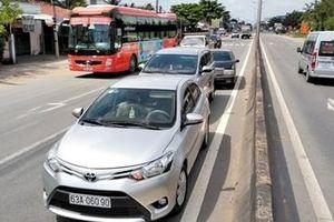 3 xe ô tô tông liên hoàn trên cao tốc TP.HCM – Trung Lương