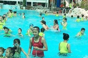 Nhiều bể bơi hoạt động chui tiềm ẩn nguy cơ mất an toàn