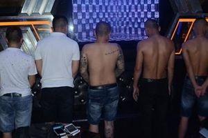 Liên tiếp phát hiện các nhóm thanh niên 'phê' ma túy trong karaoke