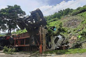 Xe container mất phanh lao xuống vực sâu tại dốc Nà Lơi, Điện Biên Phủ