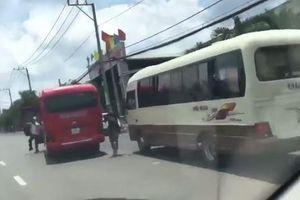 Hai xe khách sẵn sàng thí mạng hàng chục hành khách để rượt đuổi, hỗn chiến: CSGT Đắk Lắk lên tiếng