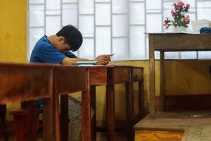 Tiết lộ lý do thí sinh Hà Giang ngồi một mình 1 phòng thi