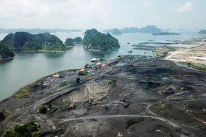 Cận cảnh vịnh Bái Tử Long bị hủy hoại vì công trường chế biến than trái phép