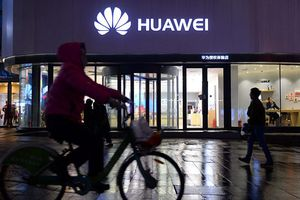 Các nhà sản xuất Mỹ tìm cách cung cấp linh kiện cho Huawei